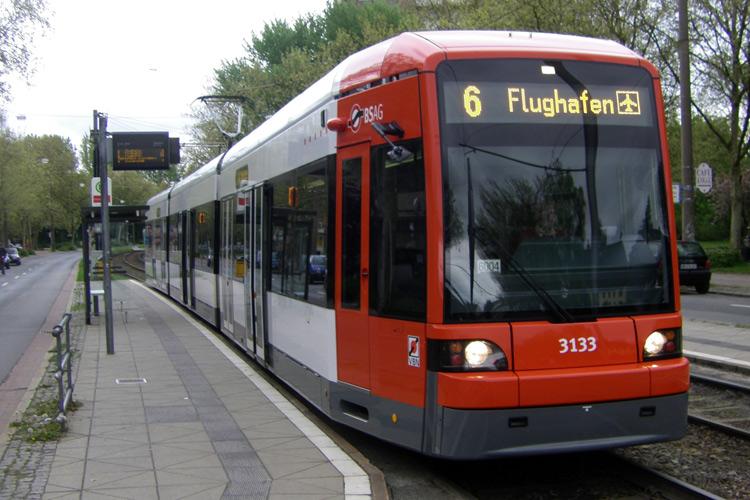 (2010) GT8N-1 Emmastraße, Quelle: Uwca@commons.wikimedia.org
